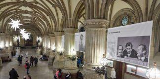 Heute eröffnet die Fotoausstellung, die in 100 Bildern das Leben von Helmut Schmidt zeigt. Foto: Georg Wendt/dpa