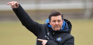 Trainerwechsel: Christian Titz leitet das HSV-Training nicht mehr gestenreich.