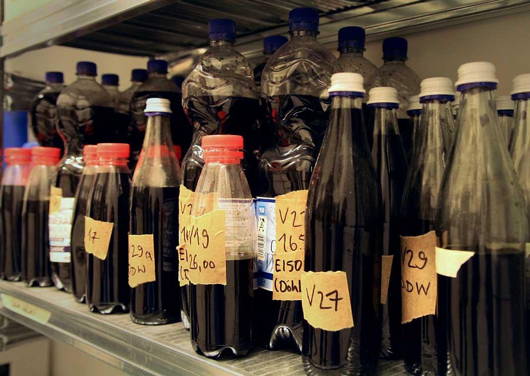 Zur Herstellung von Community Cola wurden fast 50 Versionen gebraut.