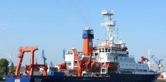 Das Forschungsschiff Meteor lädt am 20.12. zum Open Ship ein.