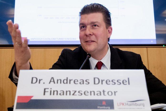 Haushalt: Finanzsenator Andreas Dressel (SPD) auf einer Pressekonferenz.
