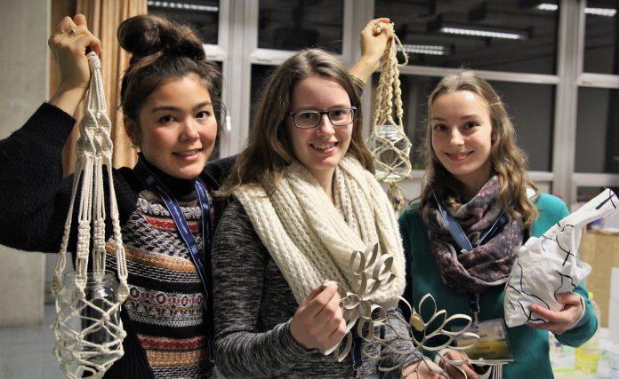 Sara Kameyama, Bianca Wiedersich und Lea Rupelt haben den Kurs