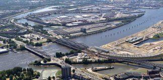 """Der """"Elbdome"""" soll auf der Fläche im vorderen Hafenbecken entstehen. Foto: Fotofrizz. Quelle: HafenCity Hamburg GmbH"""