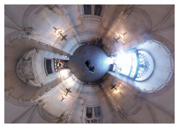 Das Rathaus fotografiert mit einer 360-Grad-Kamera von Sami Aldroubi. Fotoquelle: Prof. Dr. Wolfgang Swoboda