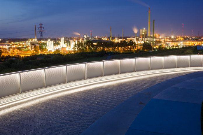 Die Aussicht vom Energieberg Georgswerder. Foto: IBA Hamburg GmbH / Johannes Arlt