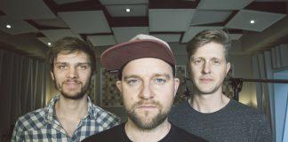 Bandfoto der Band RSxT, von links nach rechts Alexander Klauck, Roman Schuler und Konrad Herbolzheimer