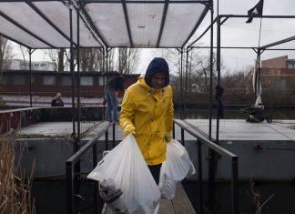 Marco Antonio Reyes-Loredo beim Müllsammeln