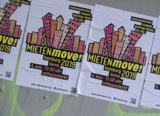 """""""Mietenwahnsinn stoppen. Günstige Räume für alle"""". Die Mietenmove Plakate rufen zur Demonstration am 4. Mai am Hamburger Rathausmarkt auf."""
