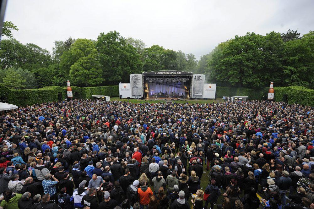 Vor die Hamburger Freilichtbühne im Stadtpark passen maximal 4000 Besucher.