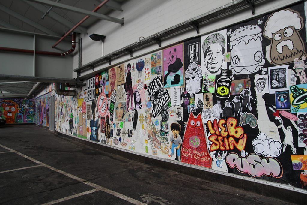Street-Art an den legalen Wänden beim Parkhaus der Rindermarkthalle.