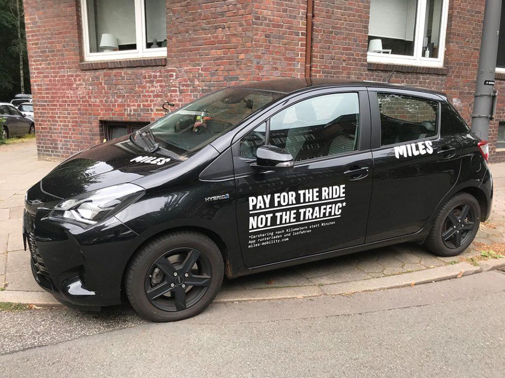 Miles Carsharing S Fahrzeug Toyota Yaris Hybrid