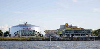 Die beiden Stage Theater im Hamburger Hafen. Ab Ende August verlieren 500 Mitarbeiter*innen der Hamburger Musicals ihre Jobs.