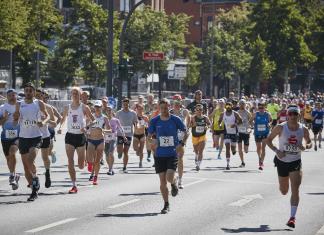 Streckenimpressionen-Hella-Halbmarathon