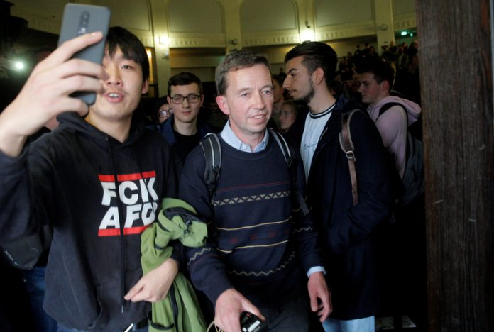 Bernd Lucke verlässt Uni