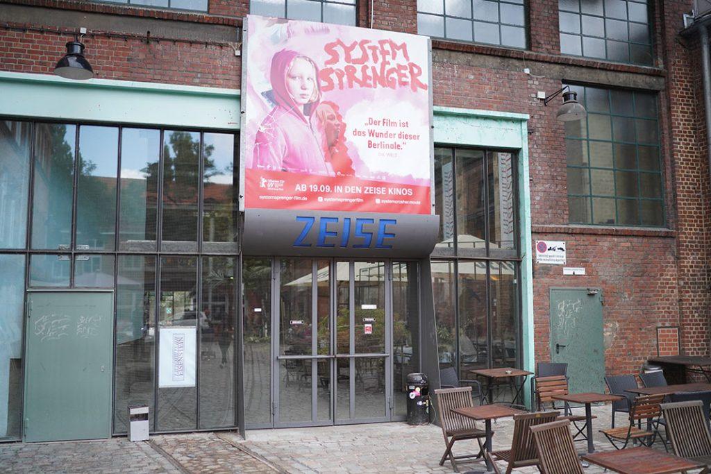 Zeise-Kinos-Eingang-Ausgang