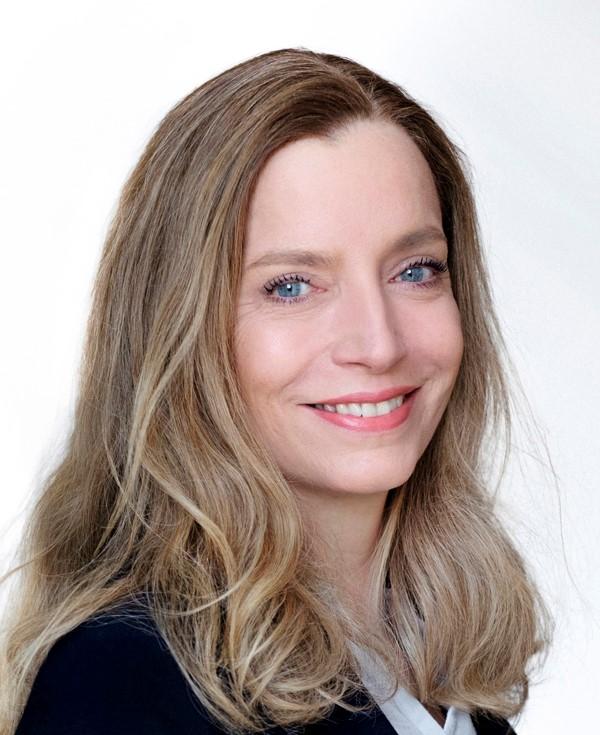 Portrait von Paartherapeutin Christine Geschke.