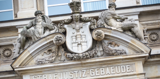 Strafjustiz-Gebäude-Hamburg-Oberlandesgericht
