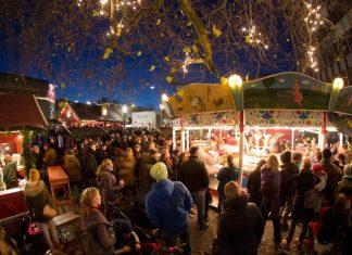 Karussel auf Weihnachtsmarkt Osterstraße