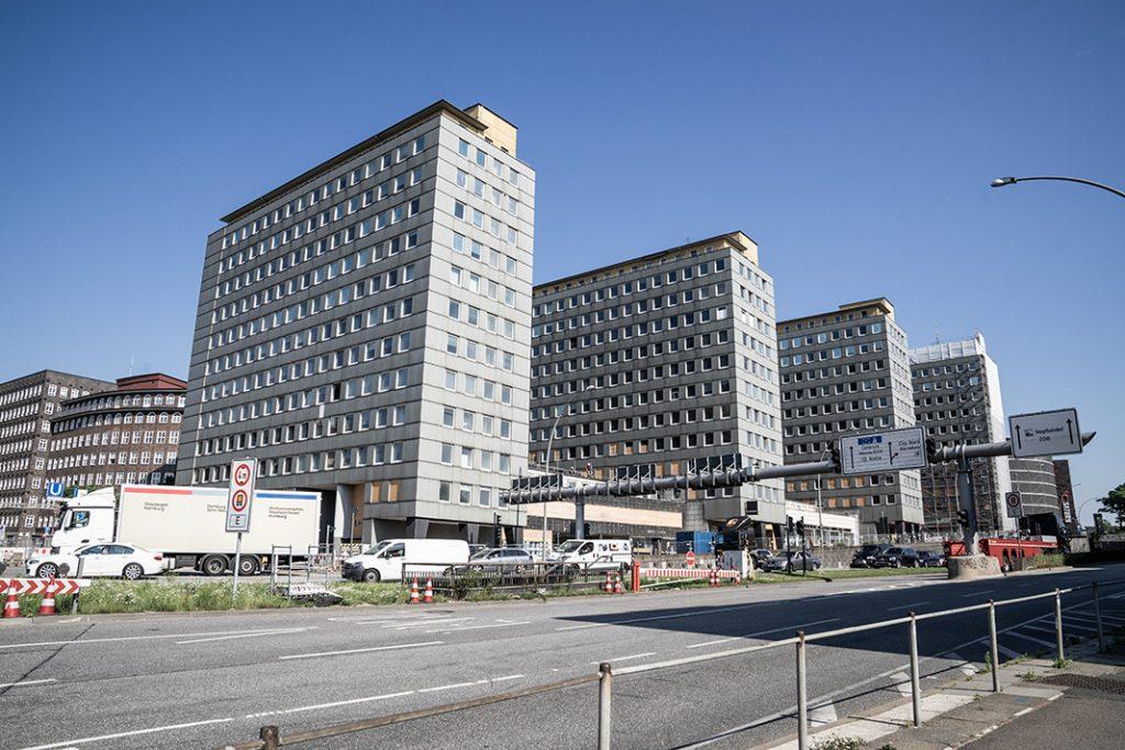 Blick vom Steintorwall auf den City-Hof im Mai 2019. Foto: Benjamin Eckert