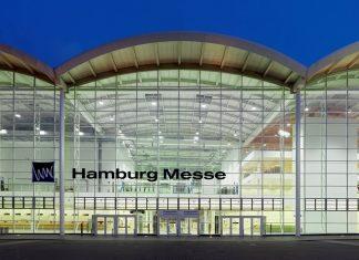 Frontansicht der Hamburger Messe vom Eingang Mitte.