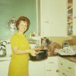 Großmutter von Wendy Brown mit Truthahn