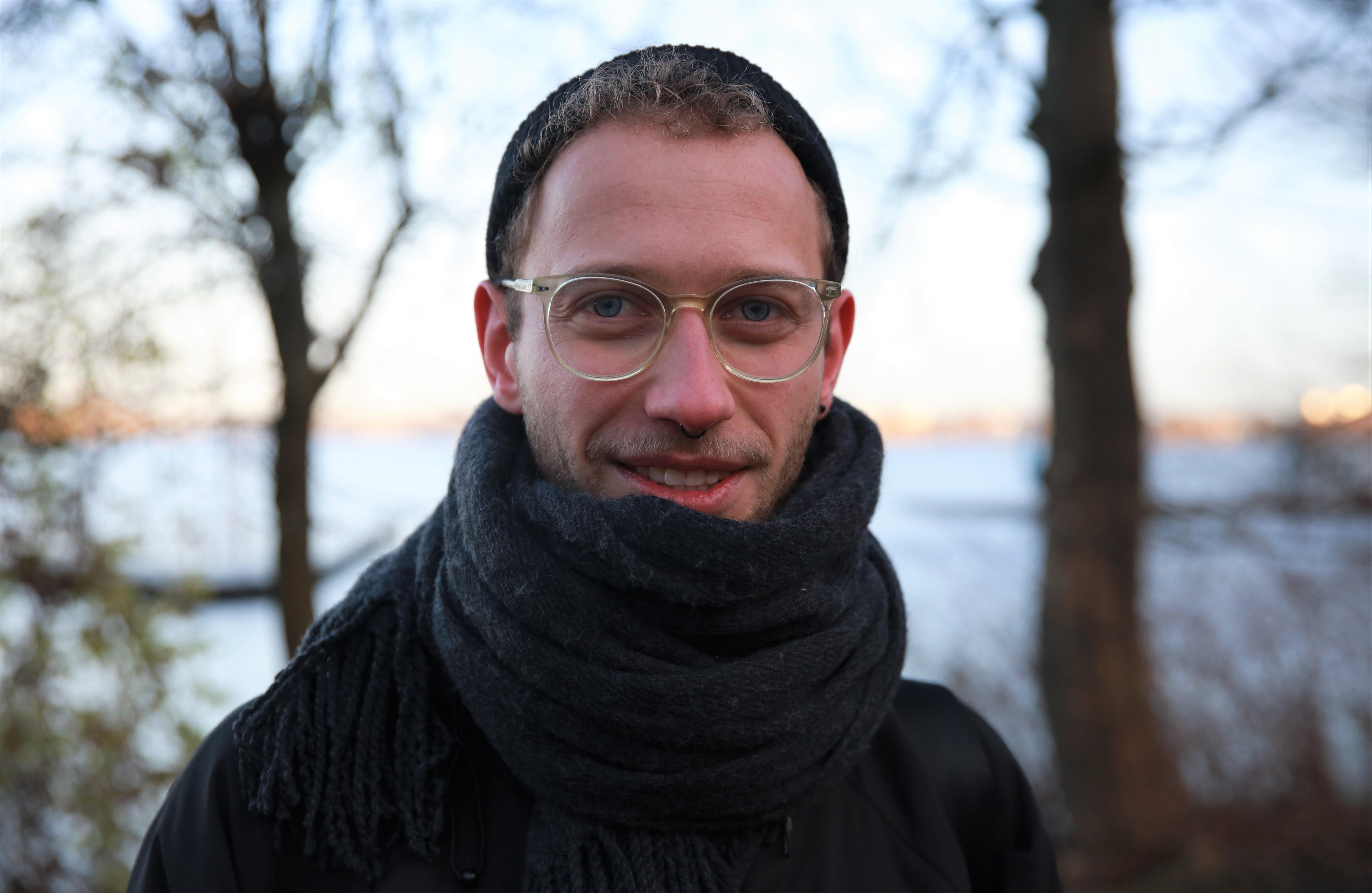 Portrait von Julien Thiele.