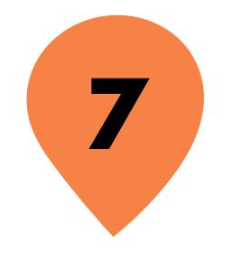 Zahl 7 in orangenem Kreis