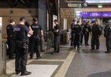 Die Polizei Hamburg kontrolliert auch Corona-Regeln