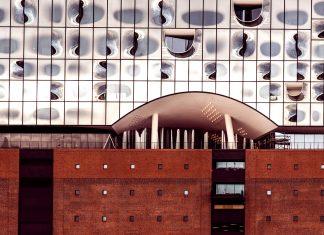 Elbphilharmonie und ihre Plaza