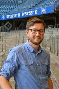 Cornelius Göbel ist Fanbeauftragter beim HSV. Foto: Maja Andresen