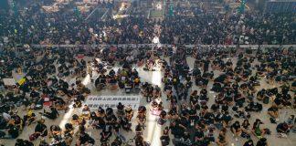 Demonstration am Hongkonger Flughafen im Sommer 2019. Foto: Hongkongerin Iris Wang 王紫綾.