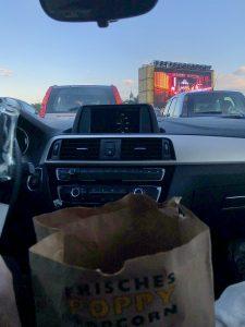 Frisches Popcorn im Autokino