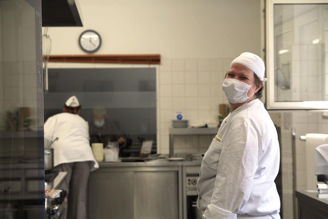 Cirsten L. aus dem Pottkieker-Team lächelt in die Kamera.