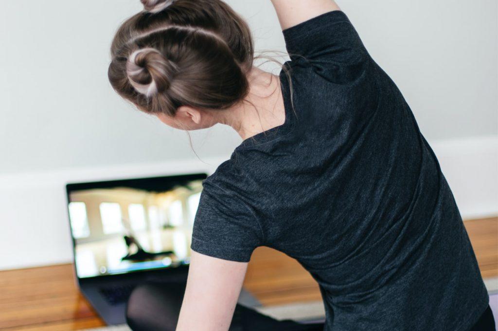 Die Lange Nacht des Yoga findet dieses Jahr online statt.