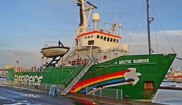 Das Aktionsschiff der Greenpeace Organisation