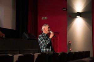 Hans-Jörg Heinrich bei seiner Ansprache zur Eröffnung des Filmfestivals. Foto: Maximilian Kaiser.