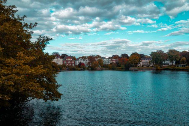 Ufer an der Alster