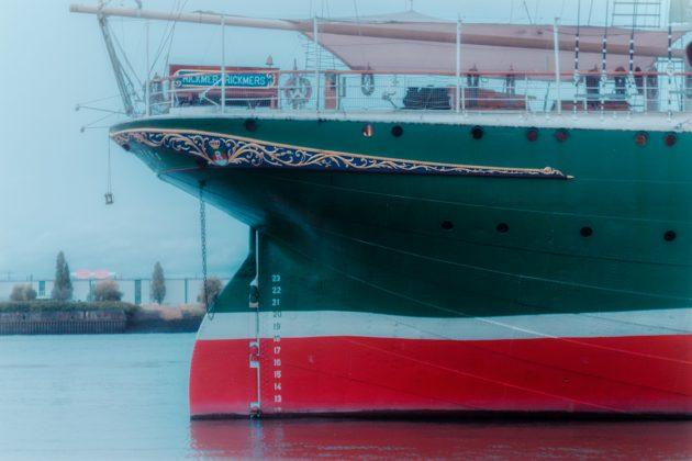 Schiff_am_Hafen