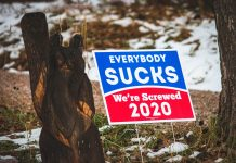 """Everybody sucks"" Schild, Wahlwerbespots in den USA"