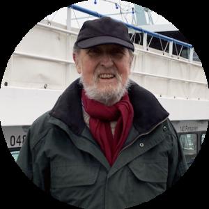 Jürgen Hagenkötter organisiert die Tannenbaumaktion am Hamburger Hafen.