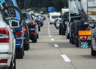 Stau auf der Autobahn, Foto: Pixabay