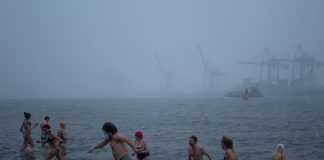 Eisbademeisters, Eisbaden für den guten Zweck. Foto: Marie Filine Abel