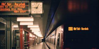 Montagabends ist es meistens leerer und ruhiger an der U-Bahnhöfen der Stadt. Die U3 fährt im Kreis. Foto: Jonathan Schanz