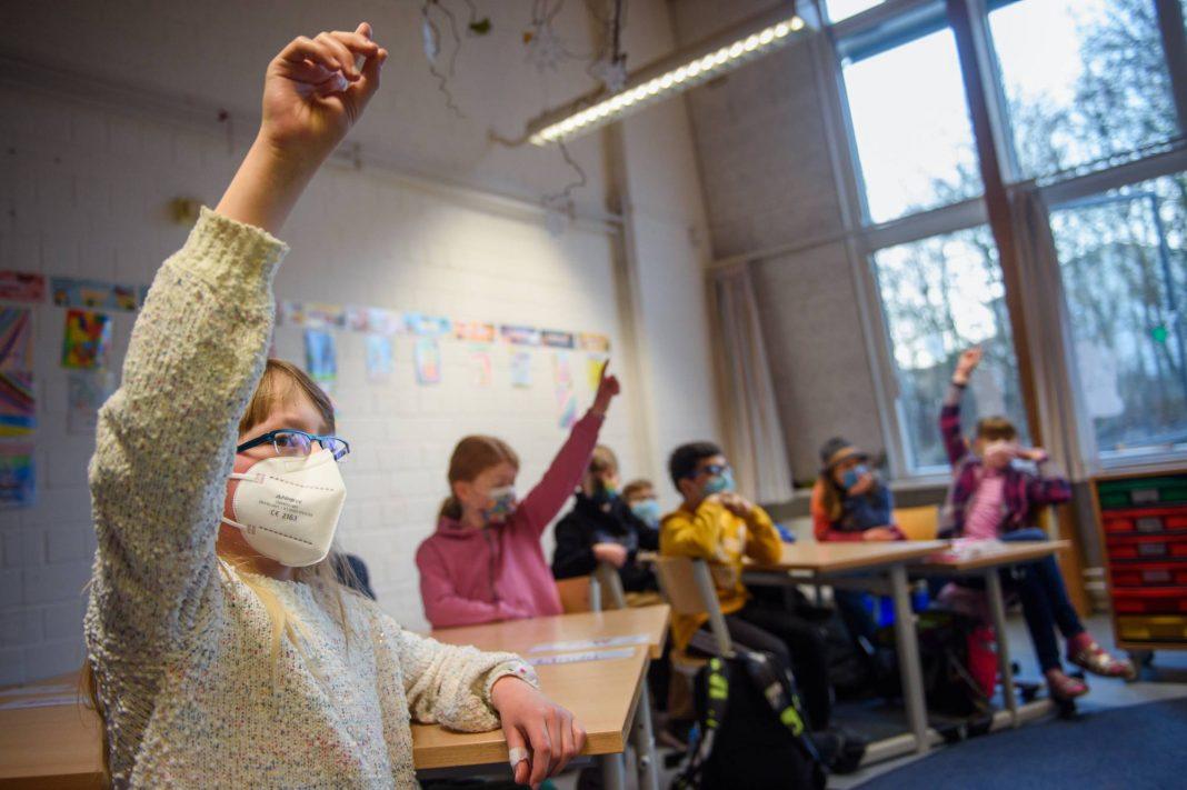 Präsenzunterricht Klage Hamburg Schulöffnungen Lockdown
