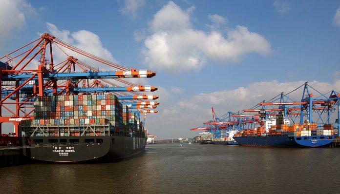 Hamburger Hafen: Containerschiffe