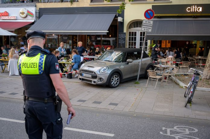 Osterstraße, Eimsbüttel, Unfall, Autounfall